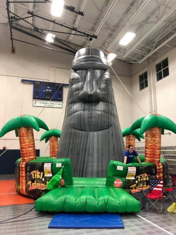 25 Foot Tiki Rock Wall
